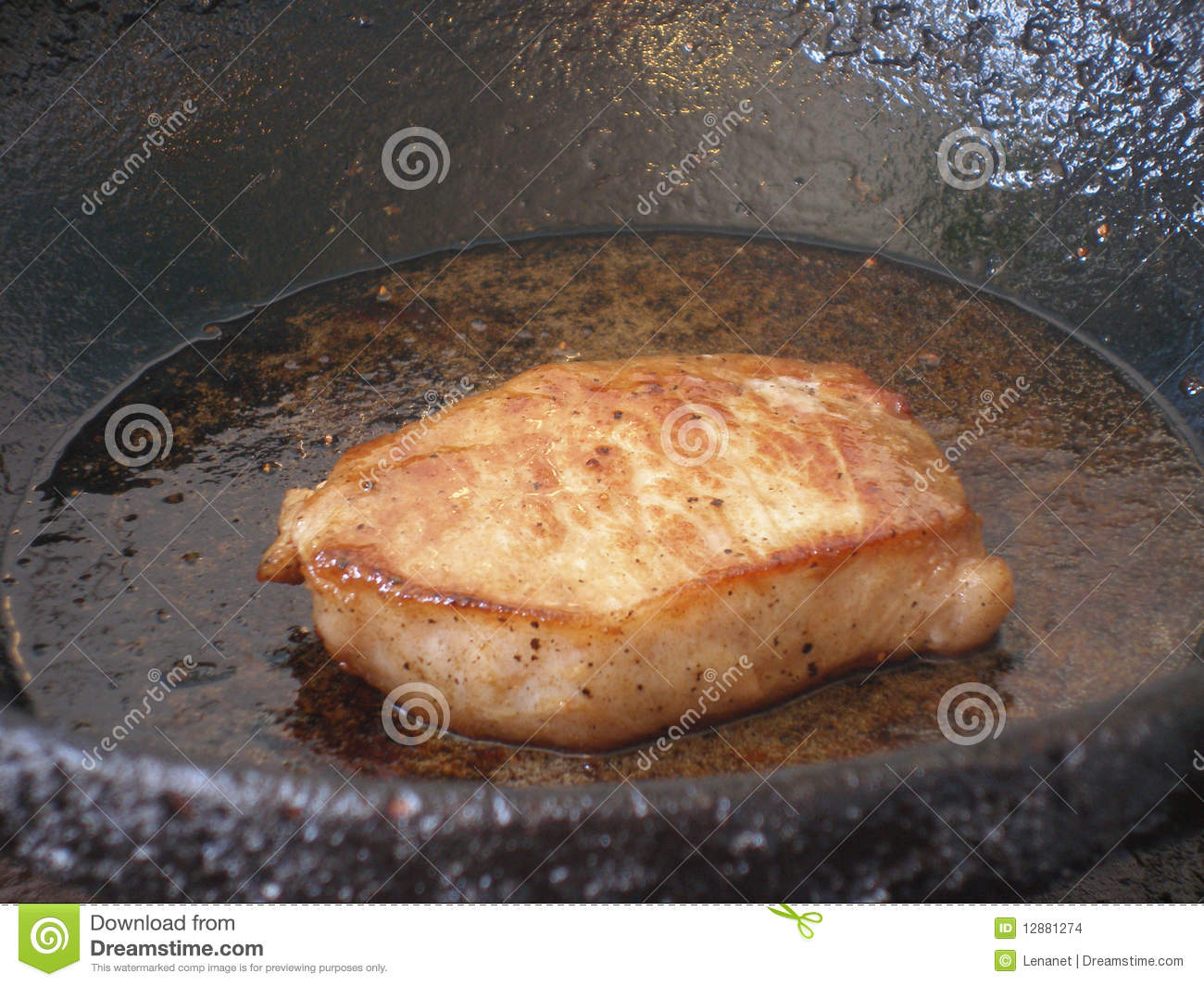 how to cook pork steaks in frying pan