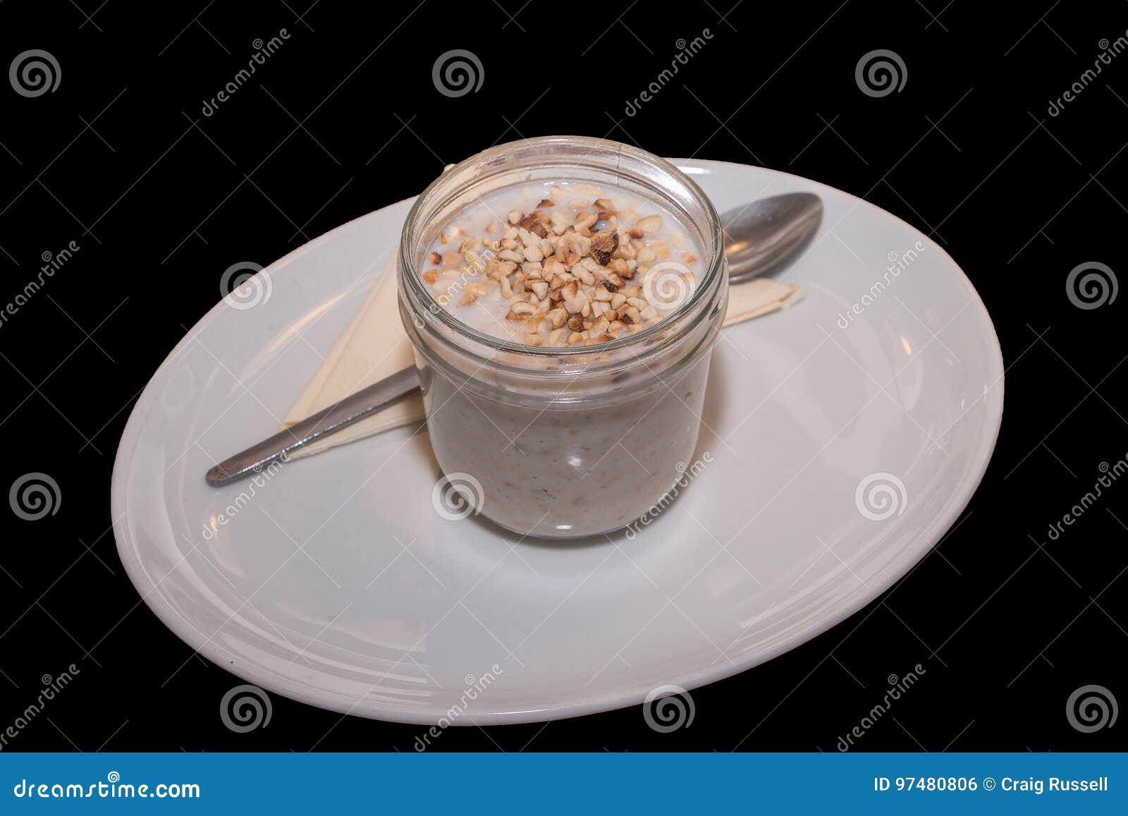 Porridge con i dadi tostati