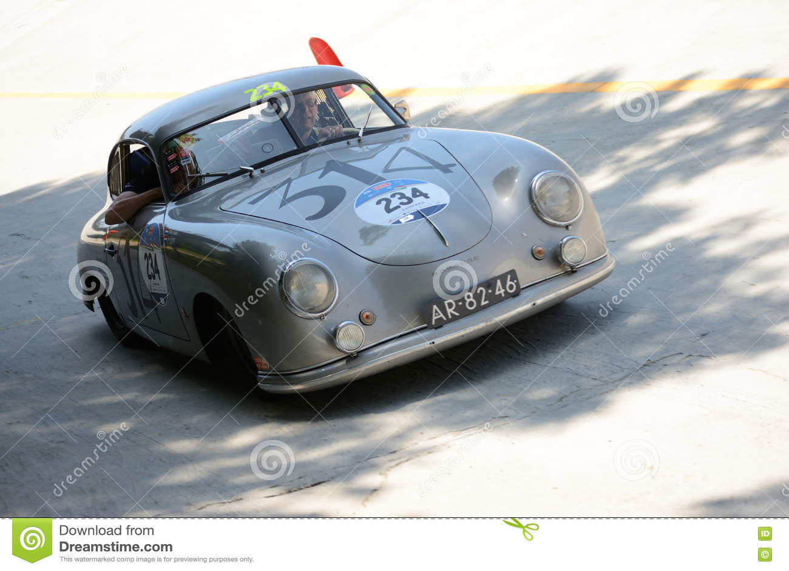 Porsche 1952 356 1500 chez Mille Miglia