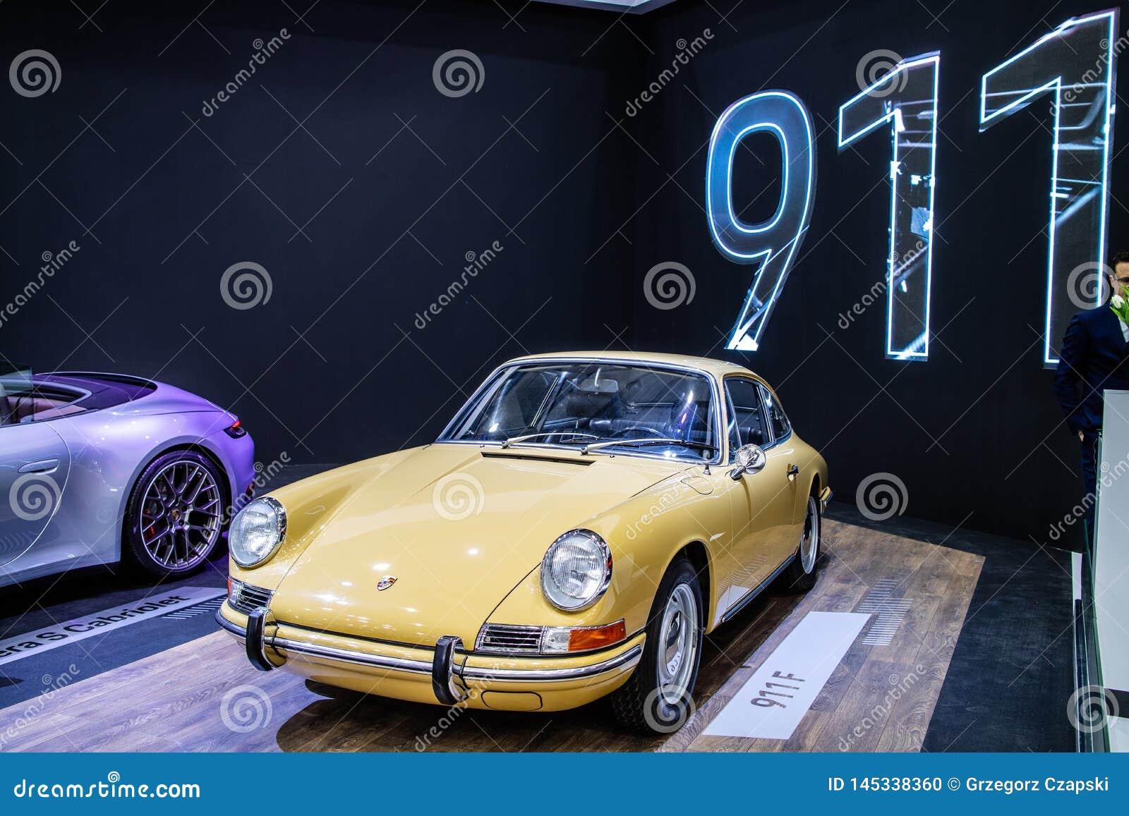 Porsche 911 de glanzende en glanzende oude klassieke retro auto van F 1968