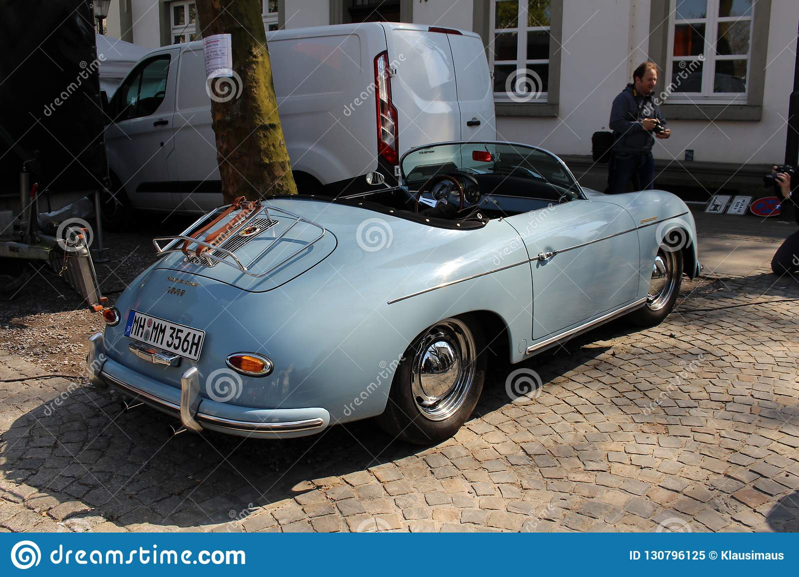 Porsche Oldtimer Car In Kettwig District Of Essen Editorial Image