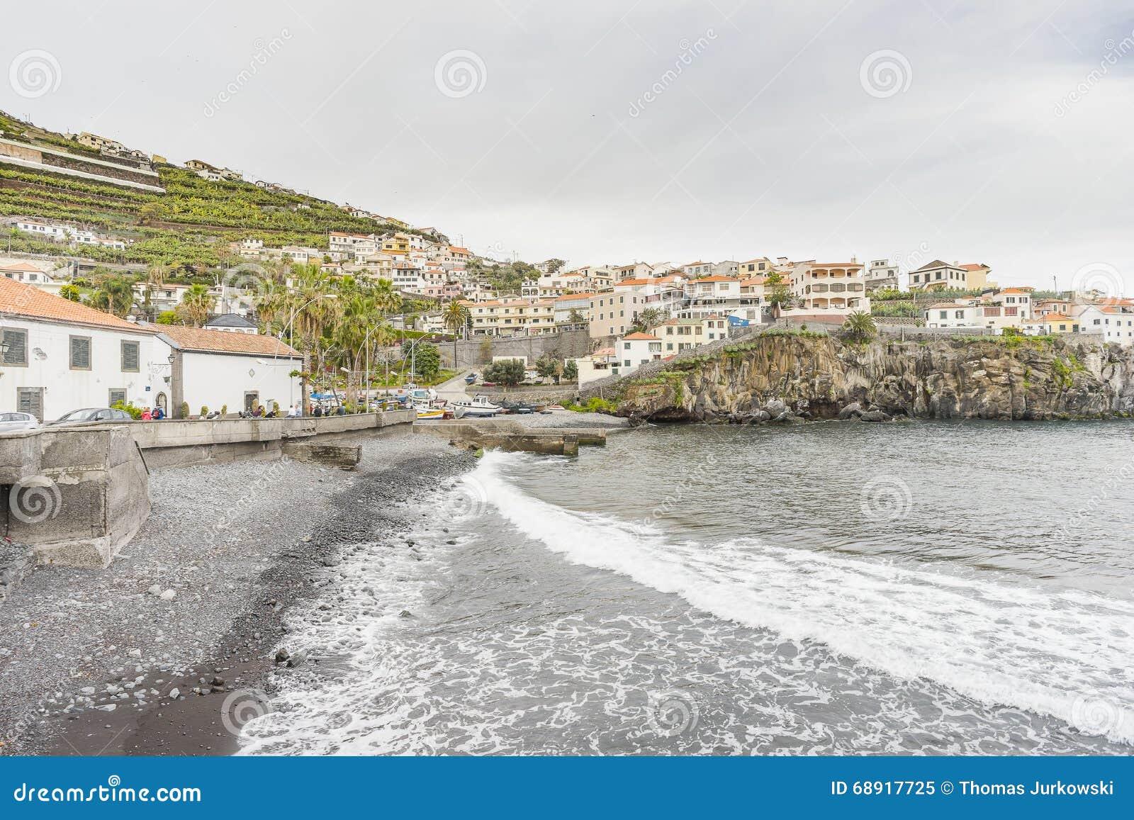 Port In Camara De Lobos Editorial Image - Image: 68917725