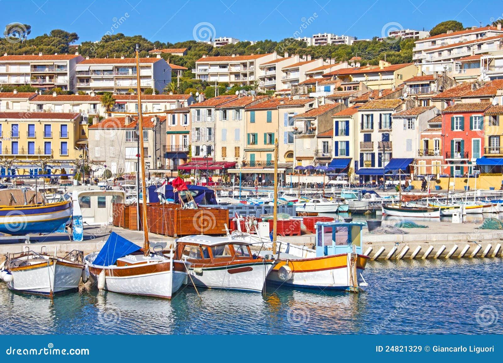 Port de cassis sud de la france image stock image du for Sud de la france hotel