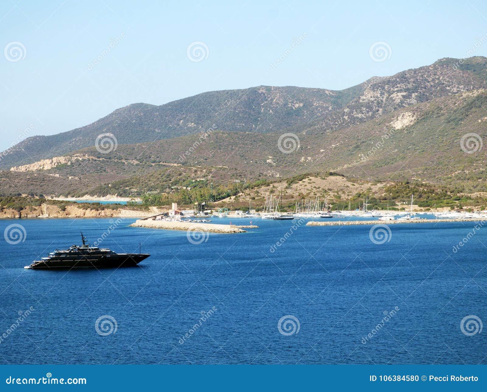 Port de l Italie, de la Sardaigne, de Teulada, du Budello, vue de la baie et la marina