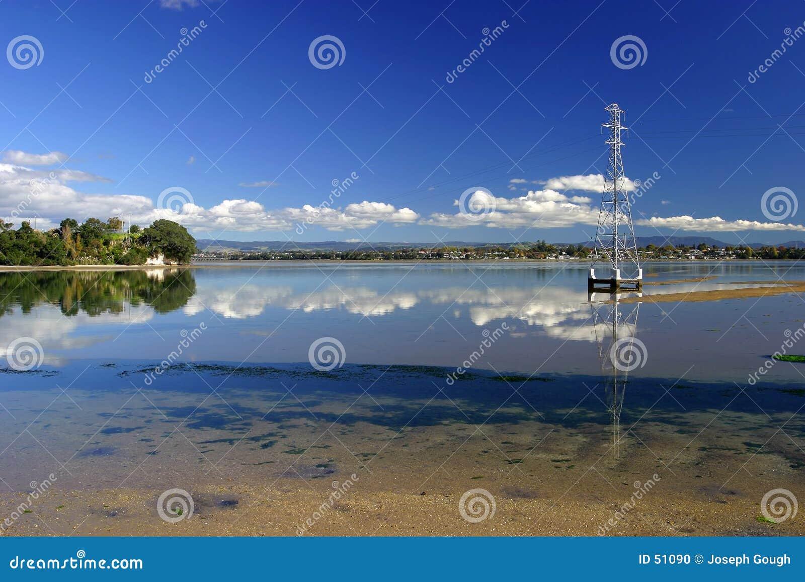 Download Port de Tauranga, NZ photo stock. Image du horizon, paisible - 51090