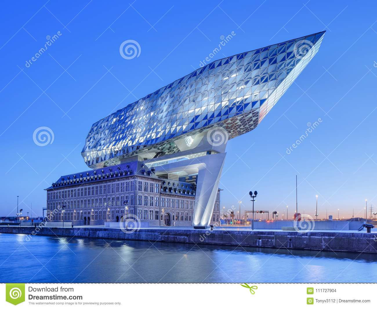 Port House Antwerp Designed By Zaha Hadid At Dawn Belgium Editorial Stock Image Image Of Daybreak Fire 111727904
