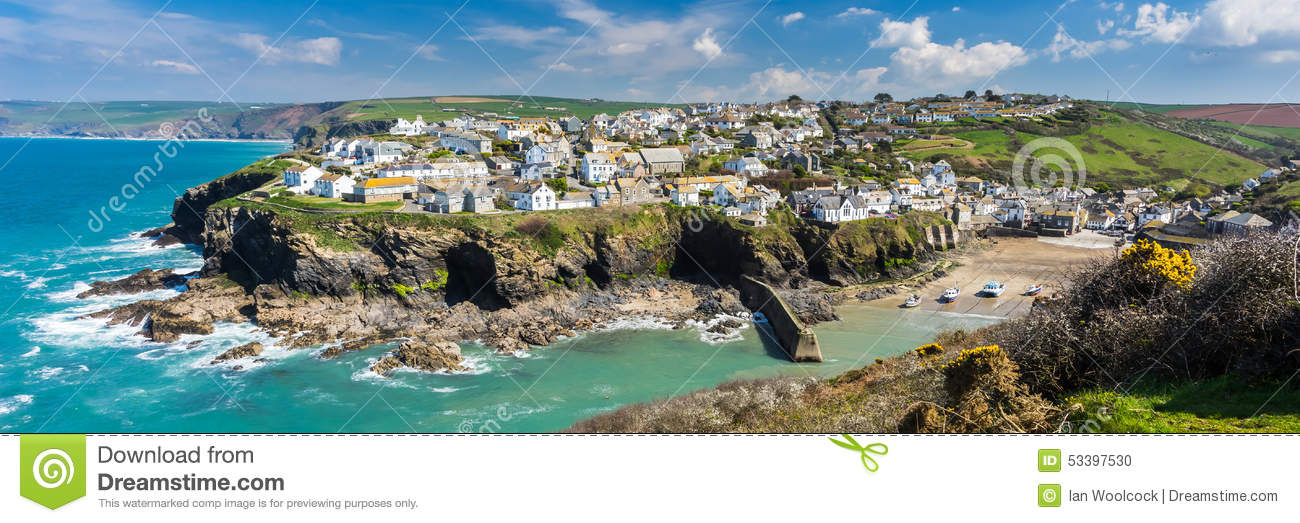 Overlooking the harbour at the pretty fishing village of Port Isaac on ...