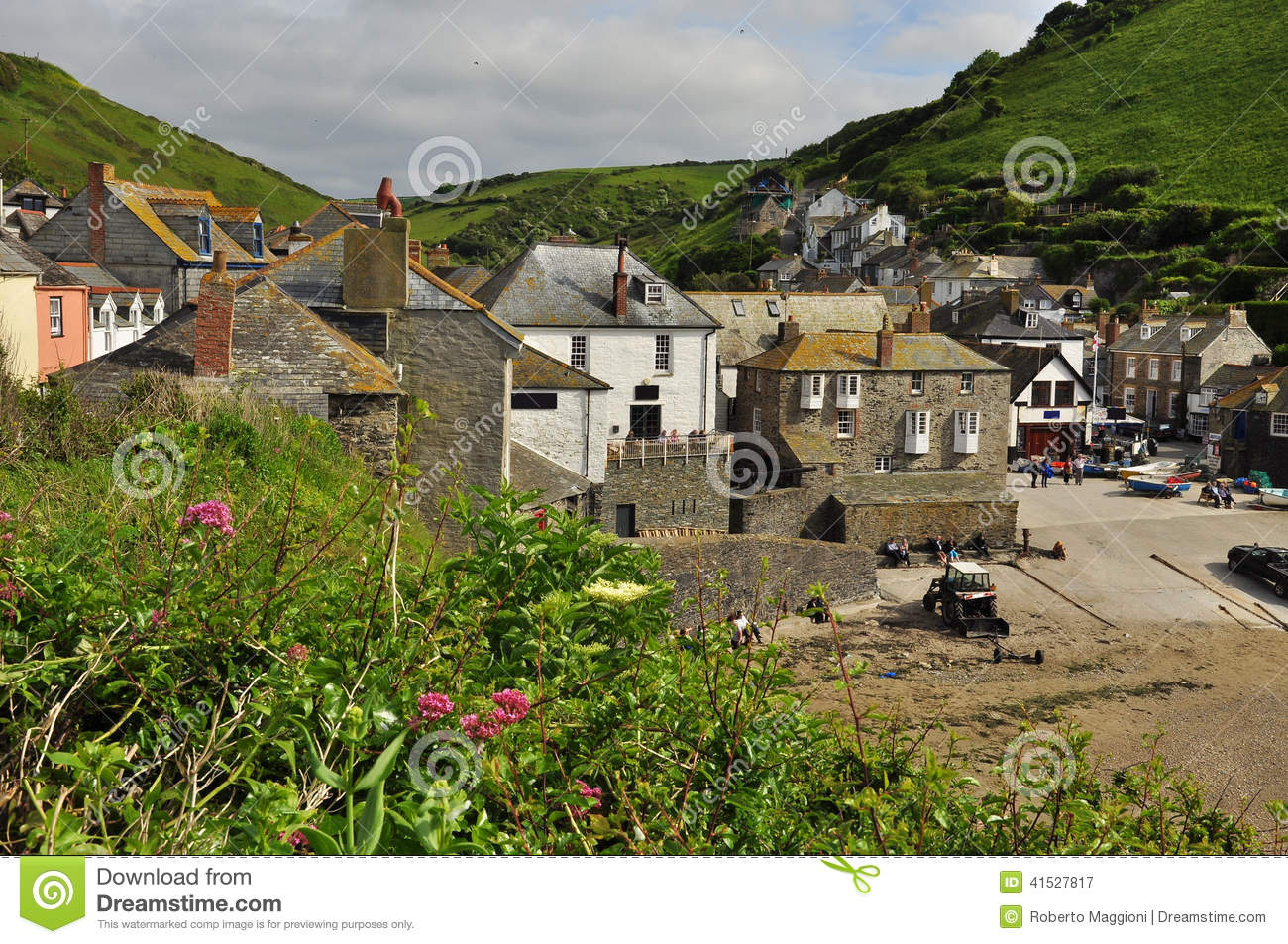 ... Village, Cornwall, England, UK Editorial Photography - Image: 41527817