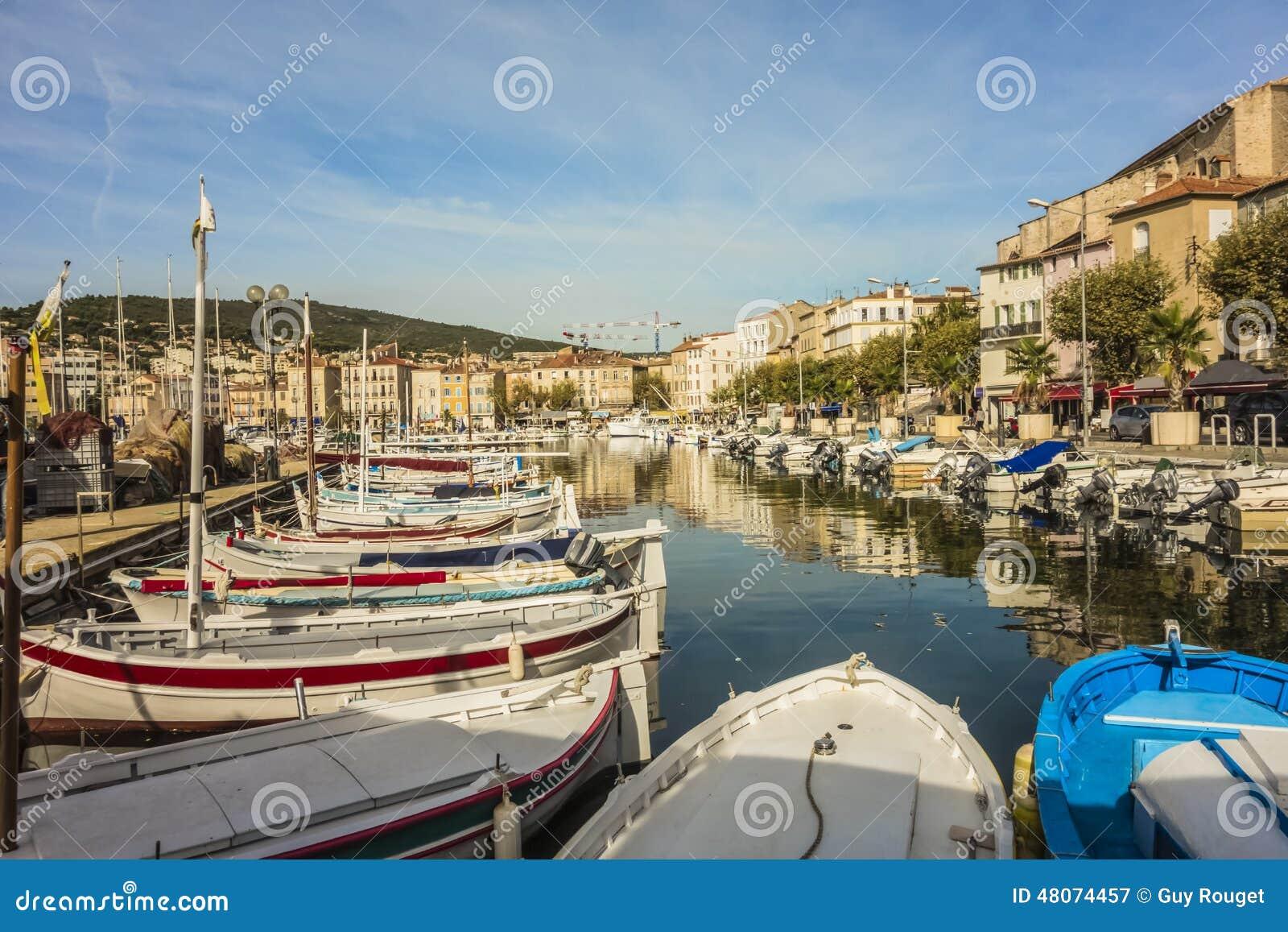 The port of la ciotat stock image image of naval dinghy 48074457 - Restaurant port la ciotat ...