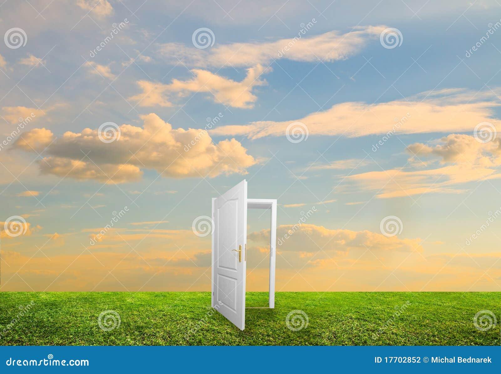 Porta aperta a nuova vita fotografia stock immagine for Porta aperta