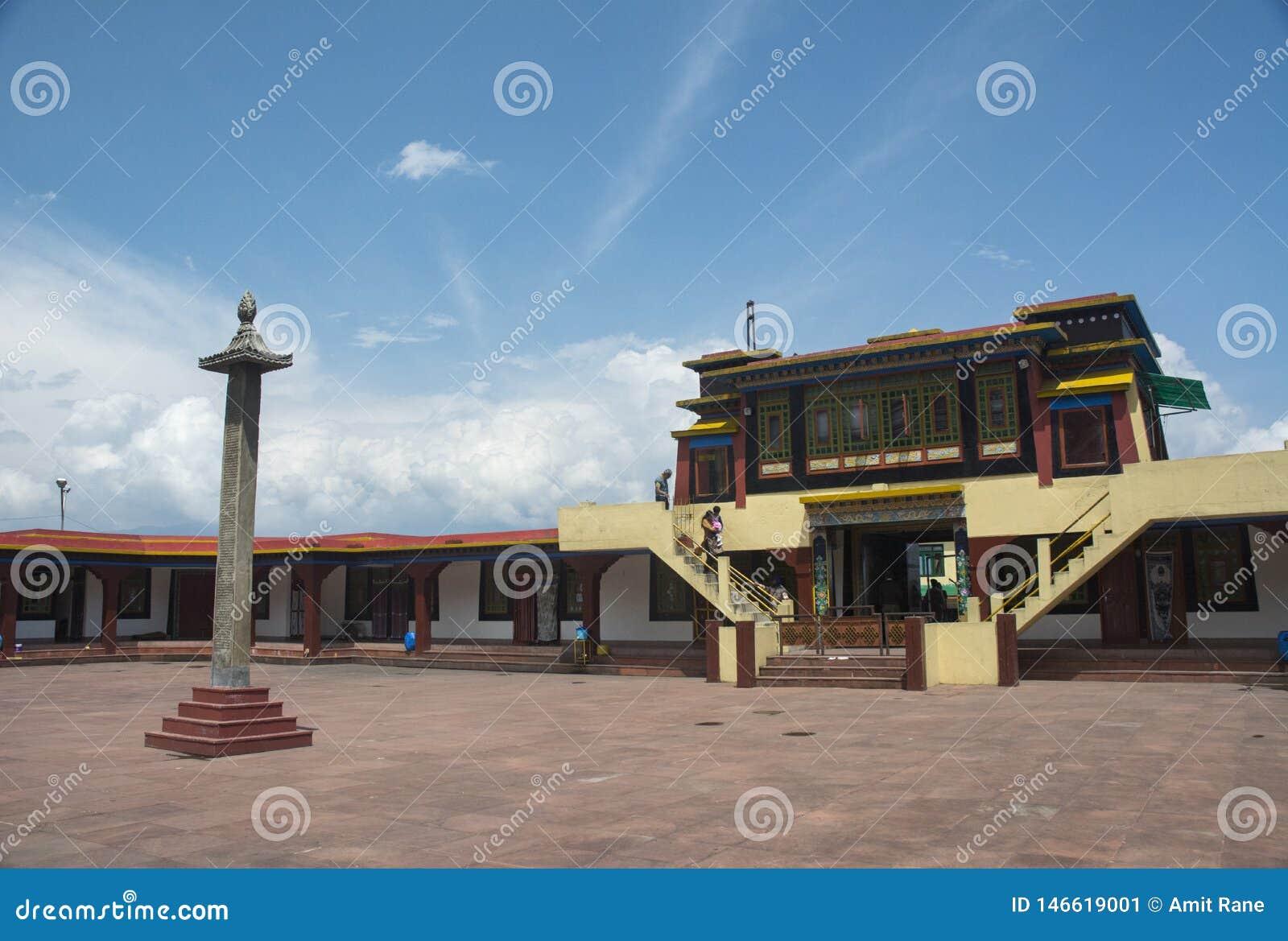 Porta da entrada do monast?rio de Rumtek perto de Gangtok, Sikkim, ?ndia