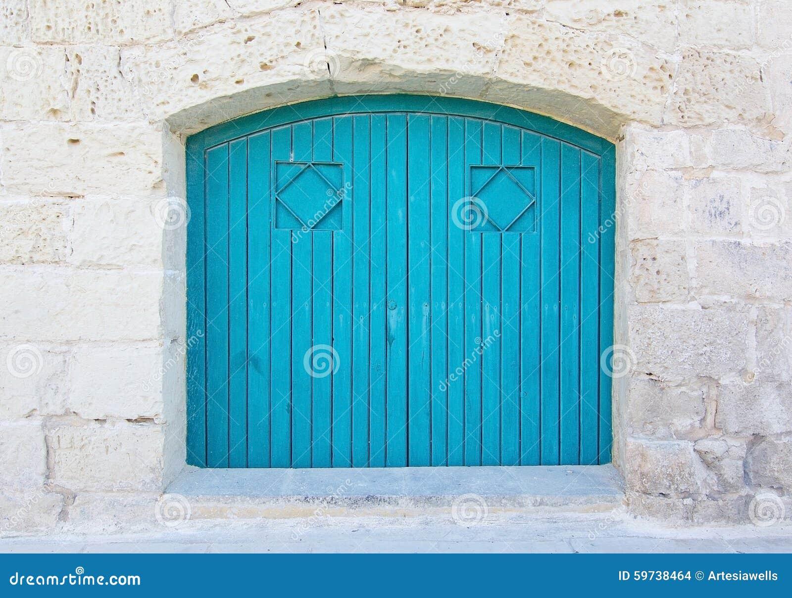 Porta da madeira do azul de turquesa foto de stock - Pintura azul turquesa ...