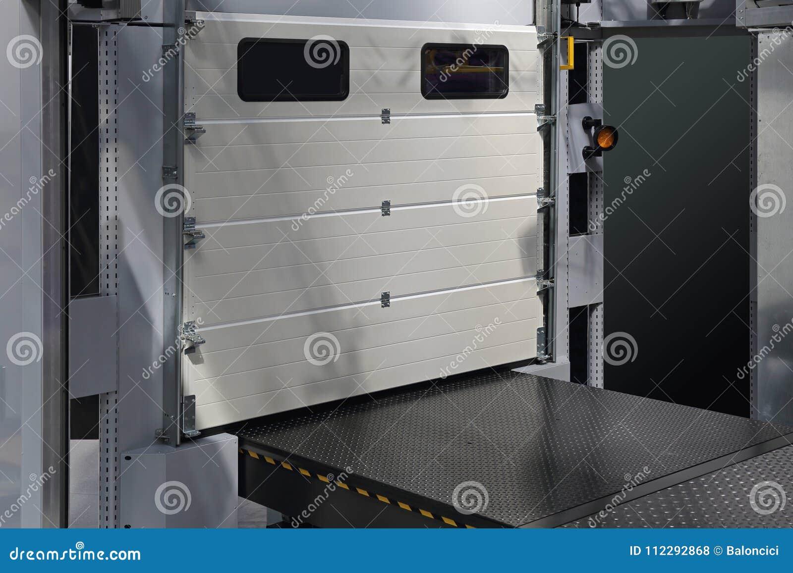 Porta de carregamento