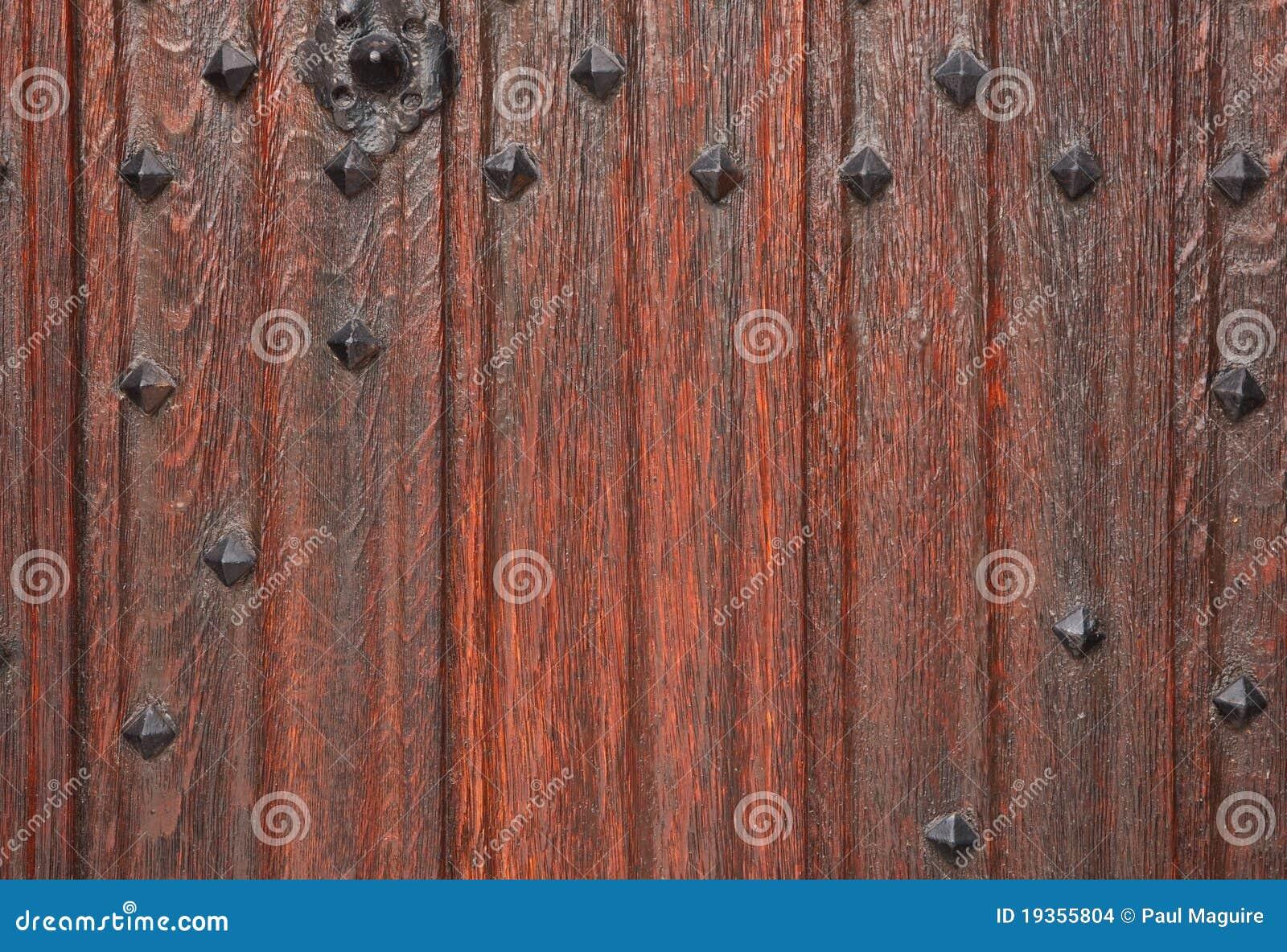 Porta de madeira tradicional
