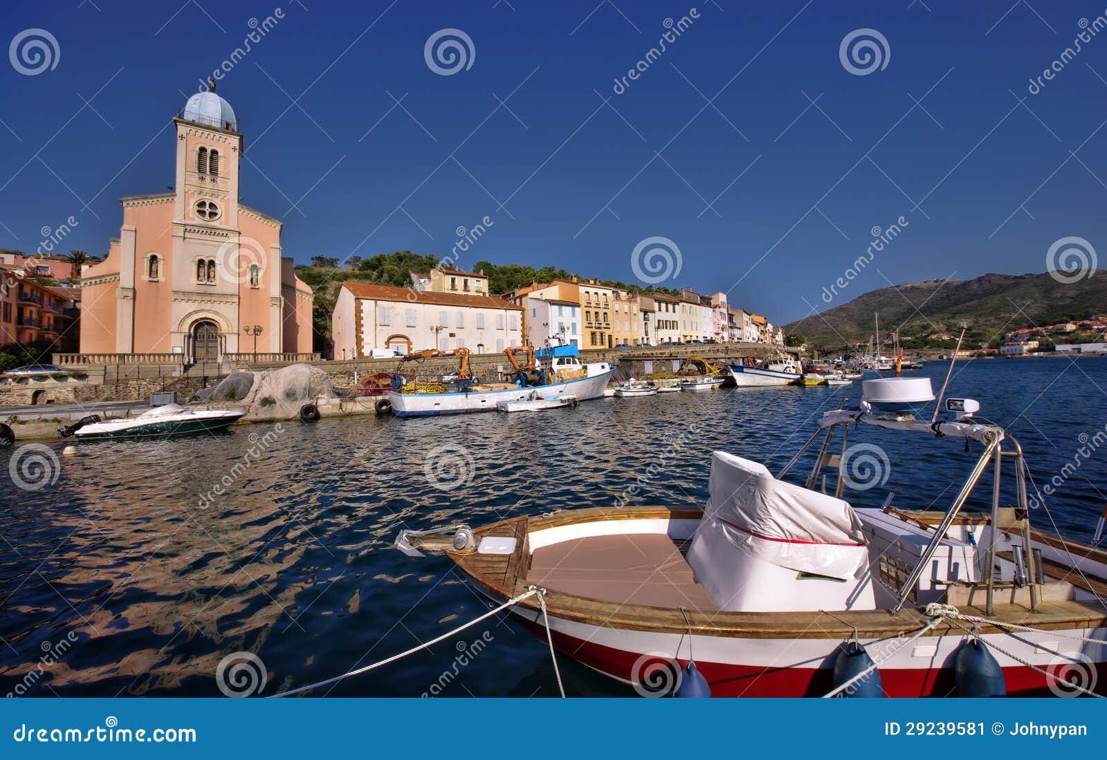 Download Porta De Pesca Velha No Mar Imagem de Stock - Imagem de edifícios, arquitetura: 29239581