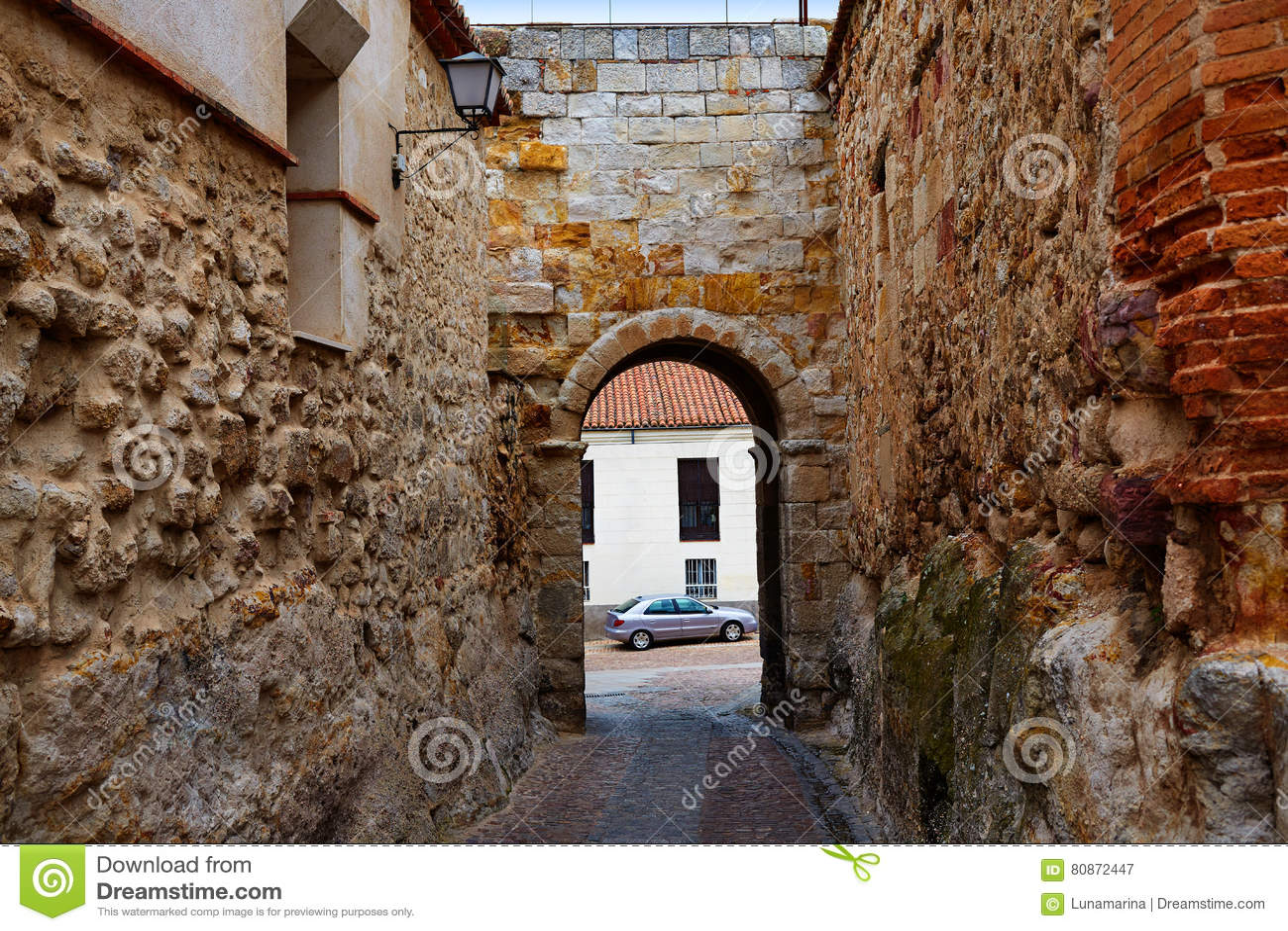 Porta de Zamora de Dona Urraca na Espanha