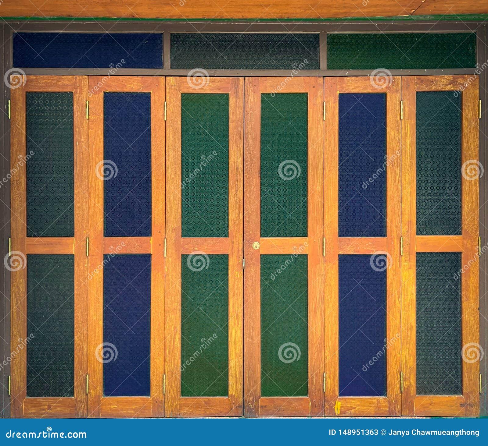 Porta do vitral
