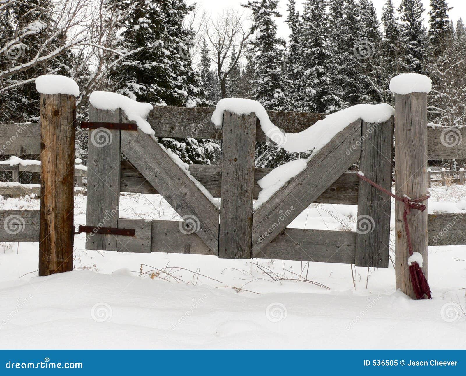 Porta nevado da exploração agrícola
