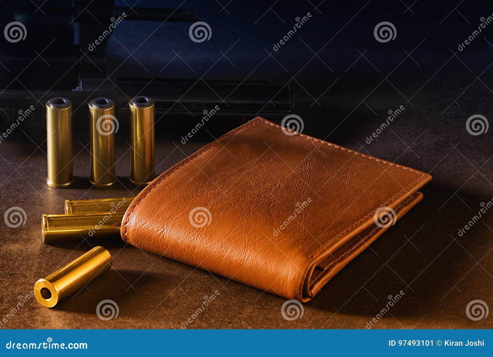 Portafoglio ed armi