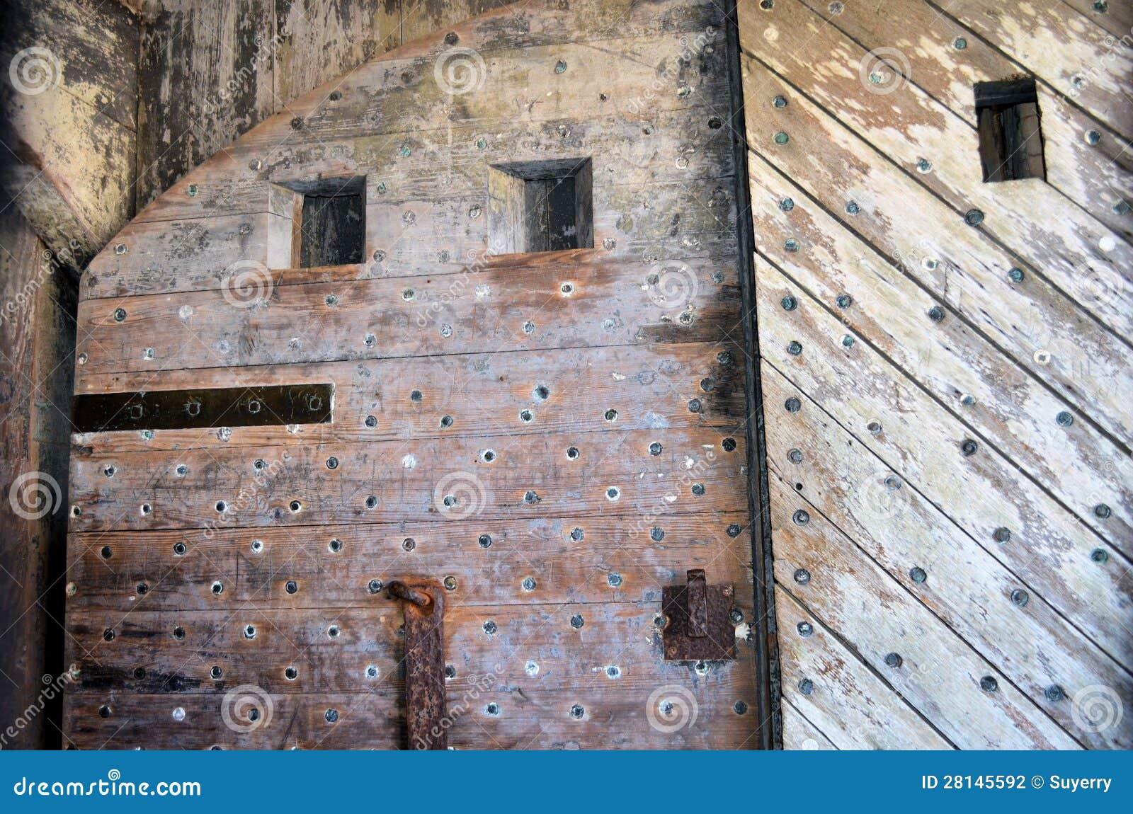 Porte antiche fotografia stock immagine di grunge for Porte antiche prezzi