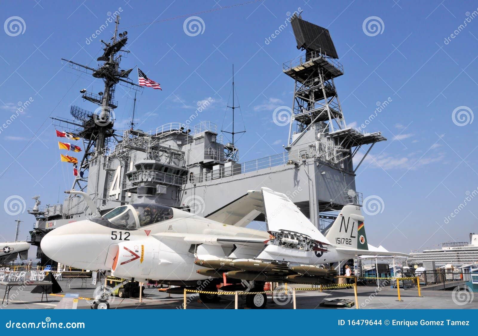 porte-avions image stock  u00e9ditorial