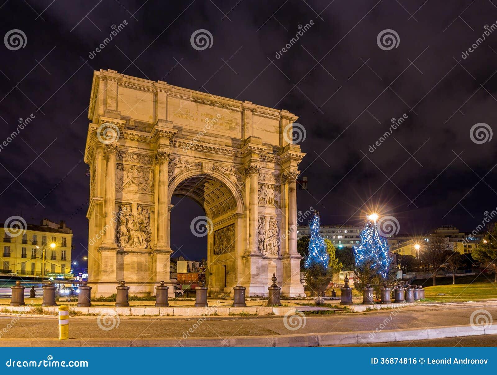 Porte d 39 aix ein triumphbogen in marseille frankreich for Porte 4 marseille