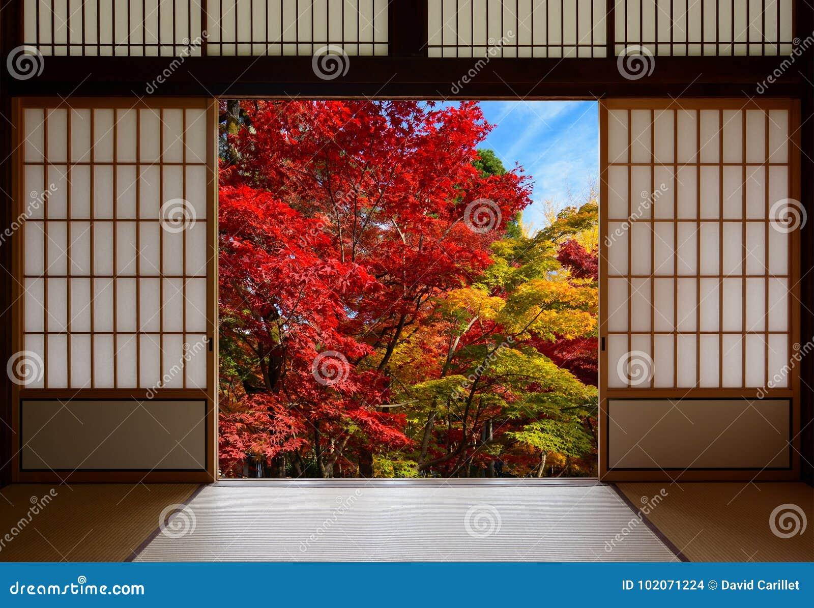Carta Di Riso Su Legno.Porte Di Legno Della Carta Di Riso Giapponese Aperte Ad Una