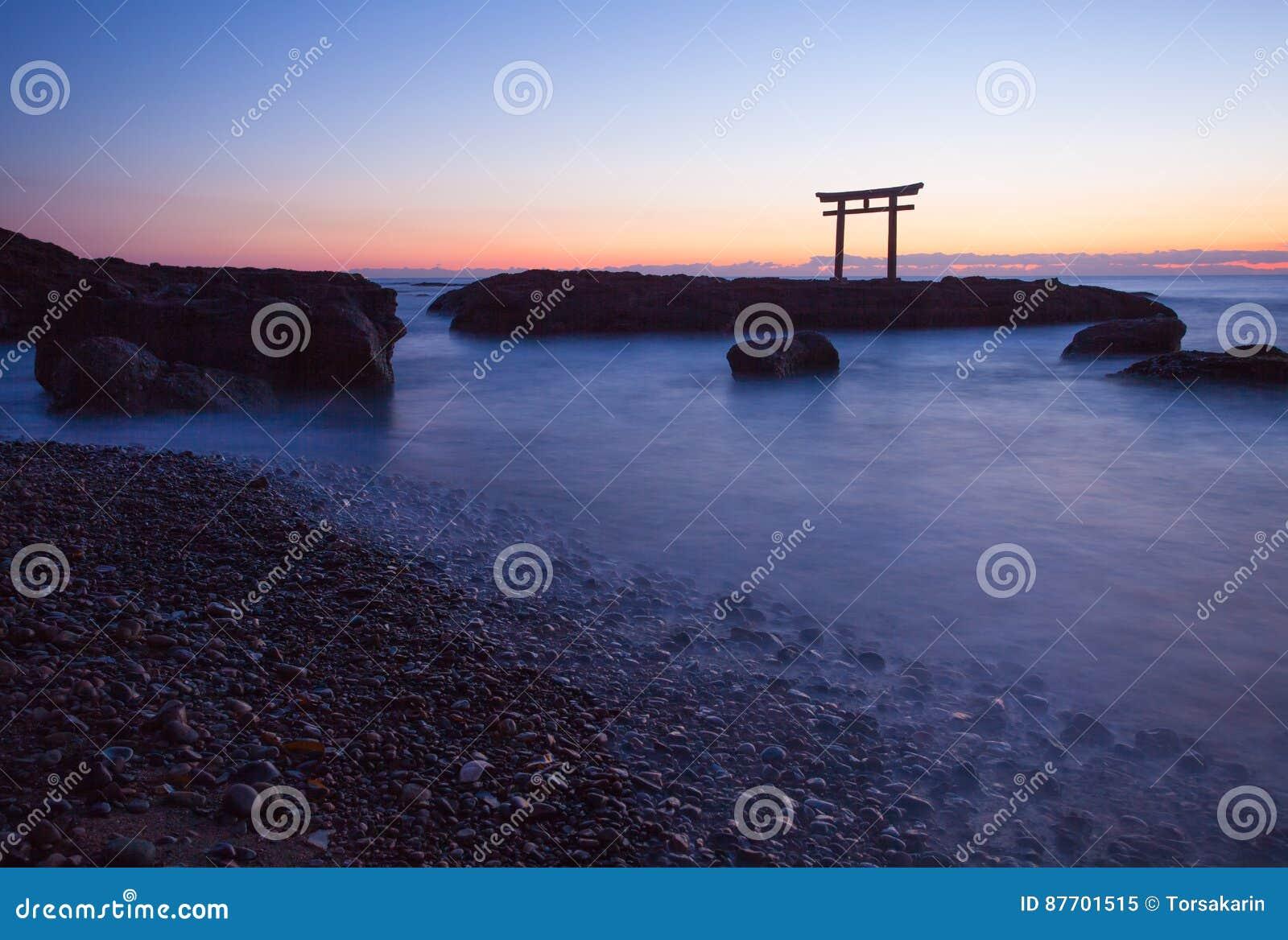 Porte et mer japonaises à la préfecture d Oarai Ibaraki