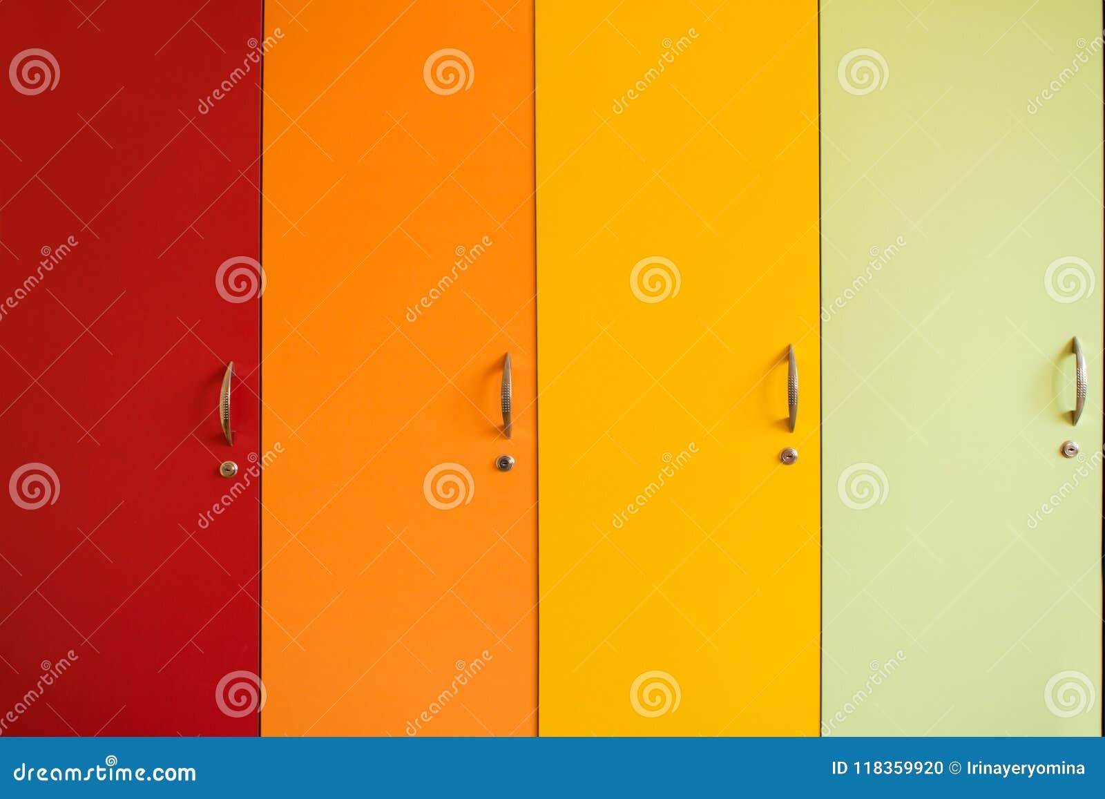 Porte luminose variopinte dei gabinetti con le maniglie Furnitur dell arcobaleno