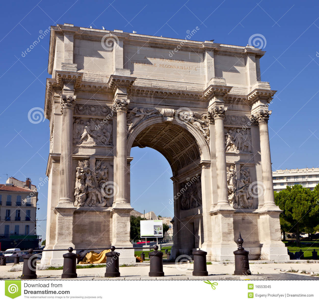 Porte royale triumphal arch in marseille royalty free for Porte 4 marseille