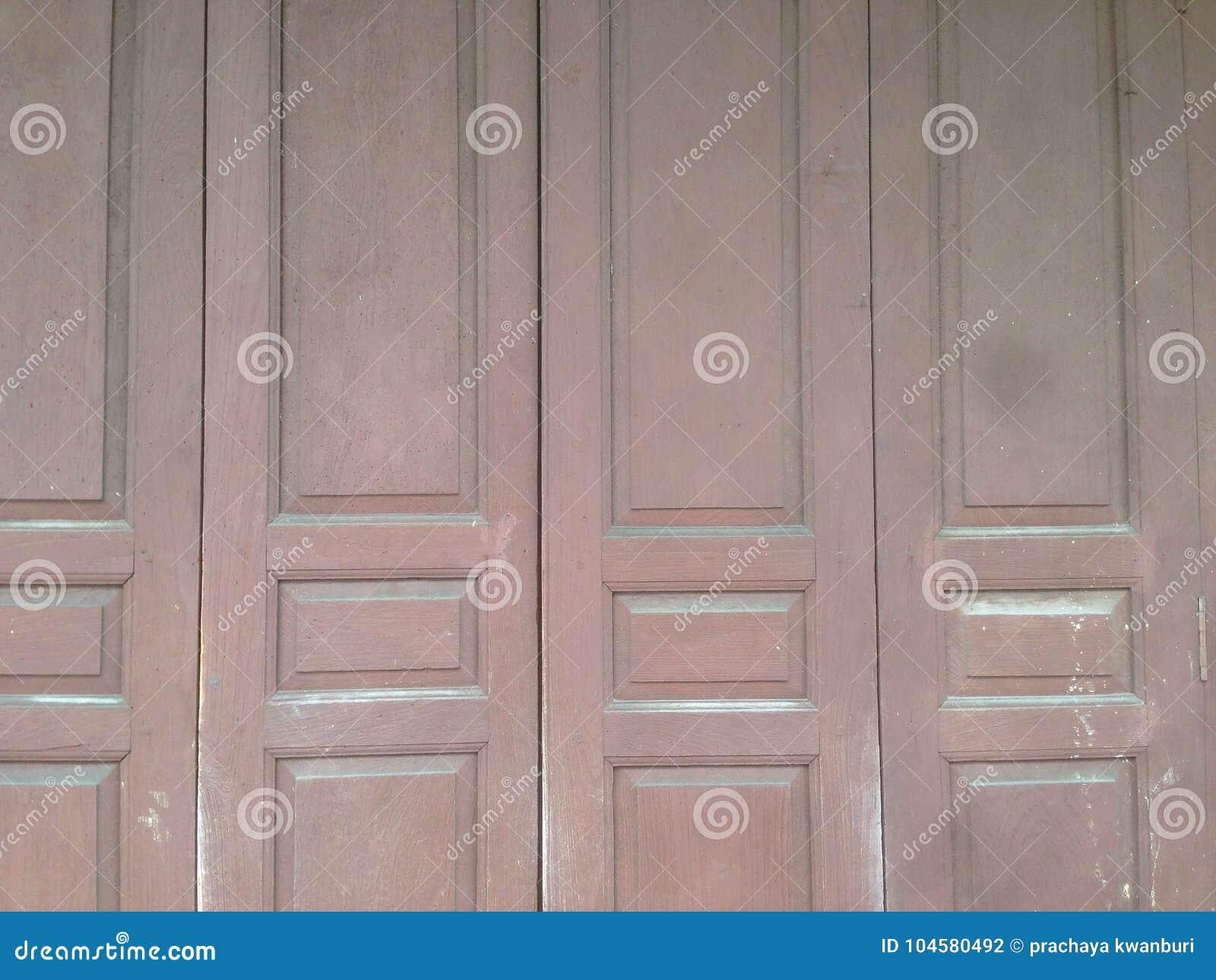 Vieille Porte En Bois Coulissante portes coulissantes antiques ou portes de pliage à de vieux