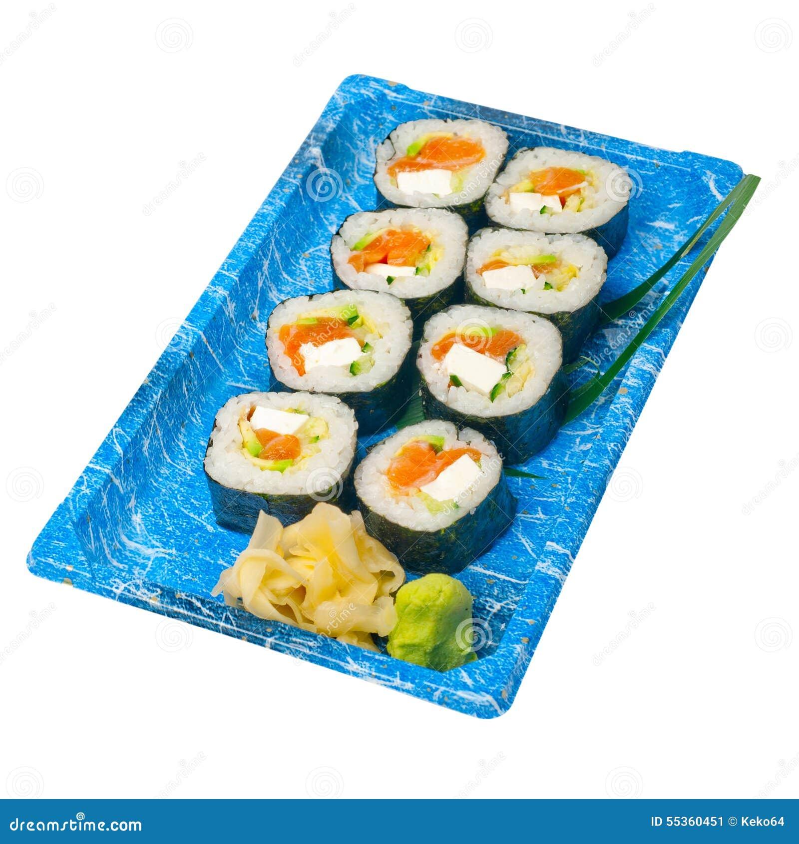 Porti via i sushi precisi sul vassoio di plastica