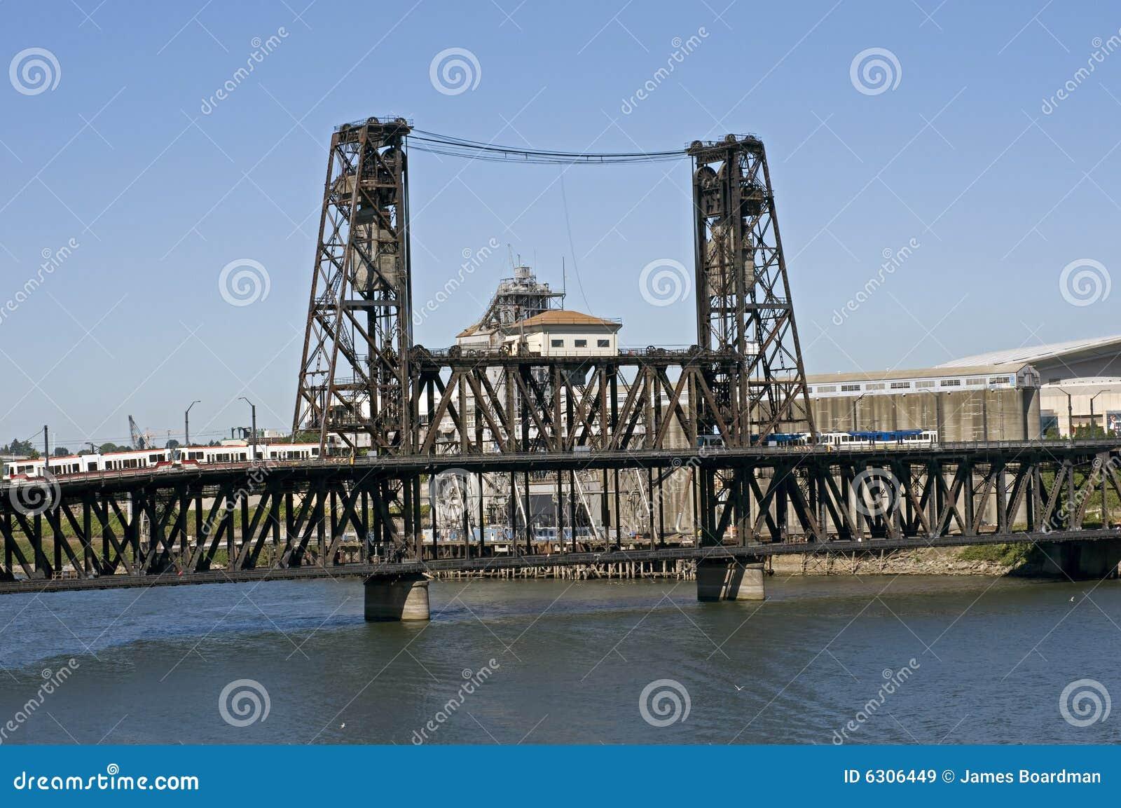 Portland O puente de acero
