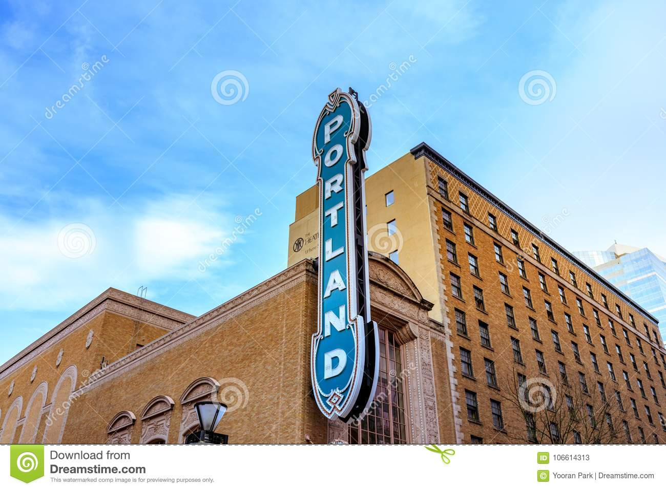 The Iconic Portland Sign Of Arlene Schnitzer Concert Hall In Dow - Arlene schnitzer concert hall parking