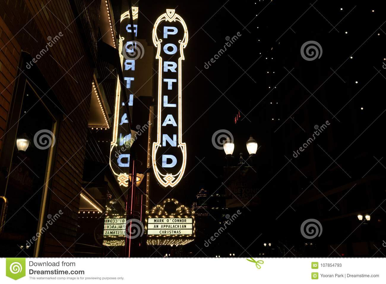 The Portland Sign On The Arlene Schnitzer Concert Hall Stock Image - Arlene schnitzer concert