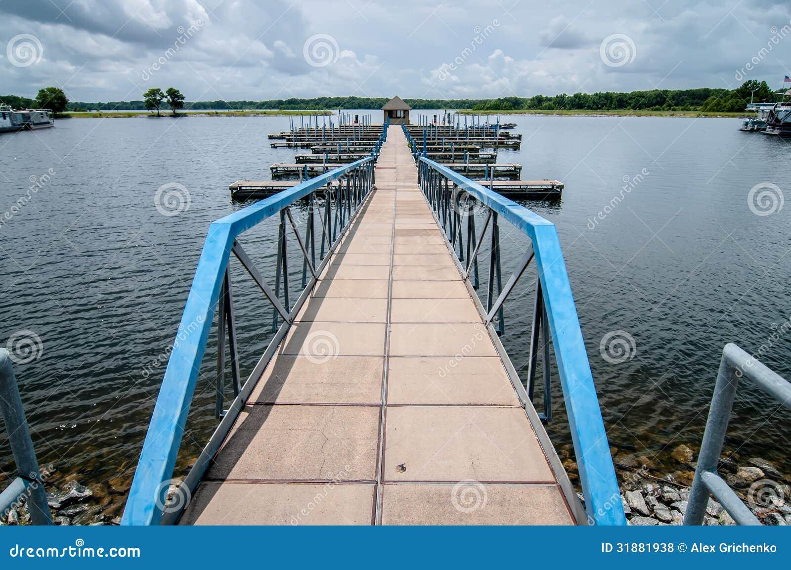 Porto da doca de flutuação