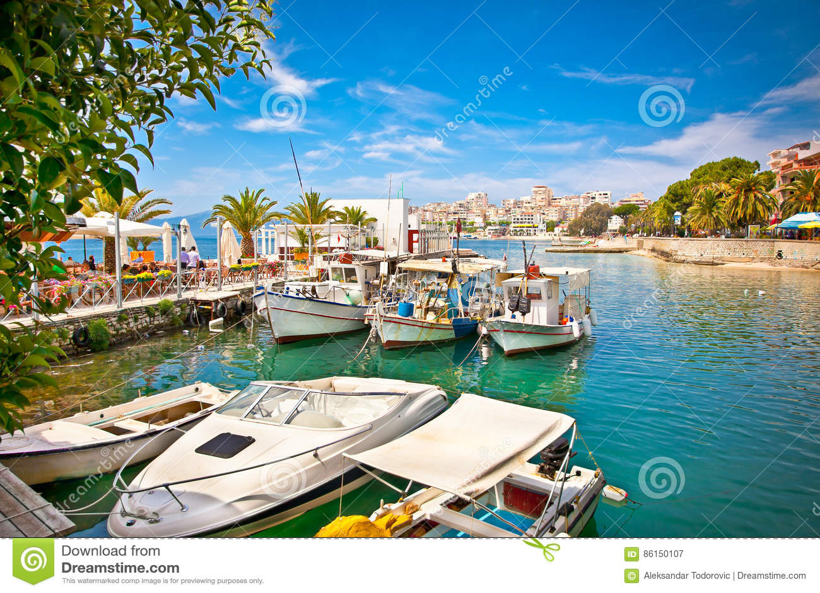 Porto del ` s di Saranda al mare ionico l albania