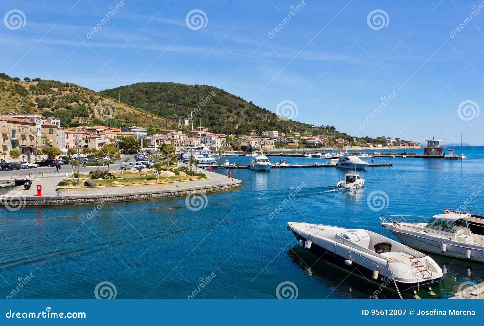 Porto di Acciaroli, Salerno