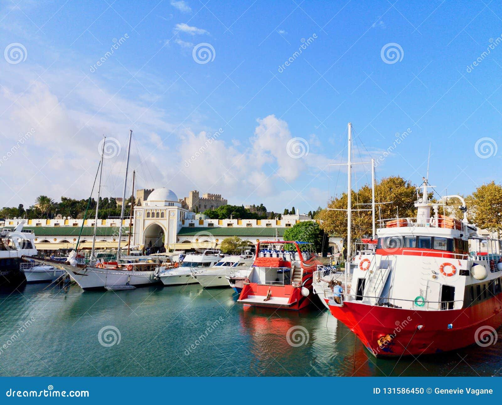 Porto di Mandraki