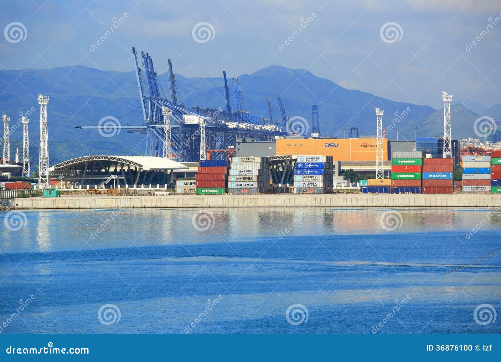 Download Porto di Yantian immagine editoriale. Immagine di china - 36876100
