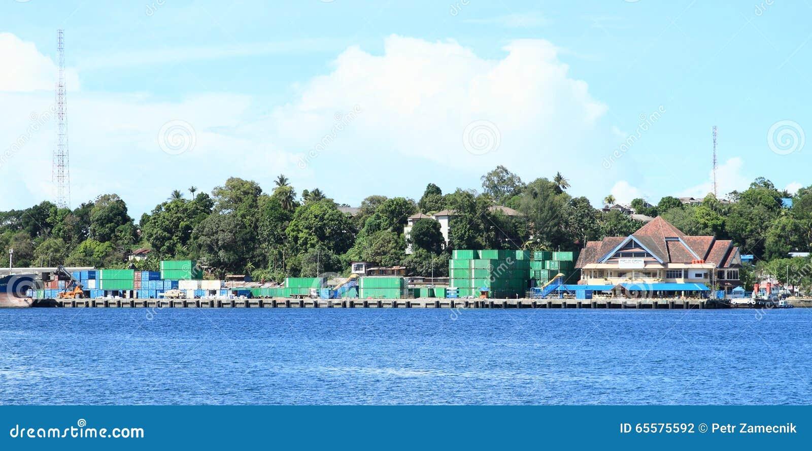 Porto em Sorong
