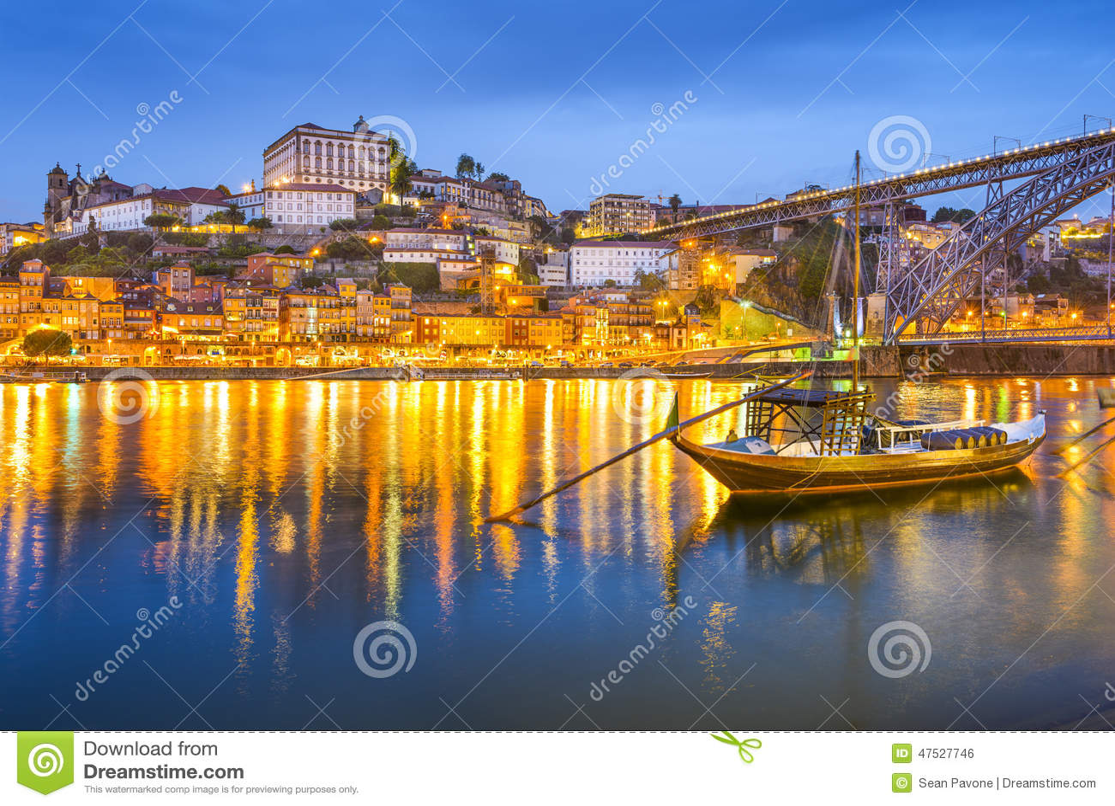 porto paysage urbain du portugal photo stock image du soir e destination 47527746. Black Bedroom Furniture Sets. Home Design Ideas