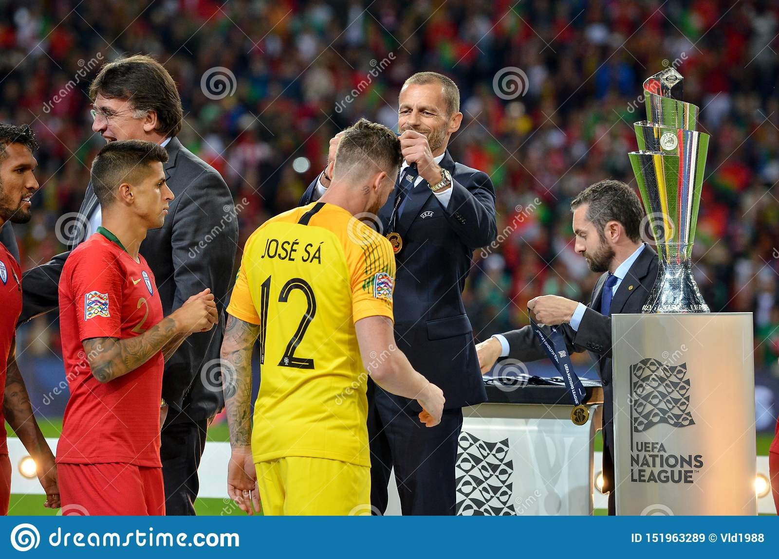 Porto Portuglal June 09 2019 Portugal National Team Receive Gold Medals During The Uefa Nations League Finals Match Between Editorial Stock Image Image Of Field Green 151963289