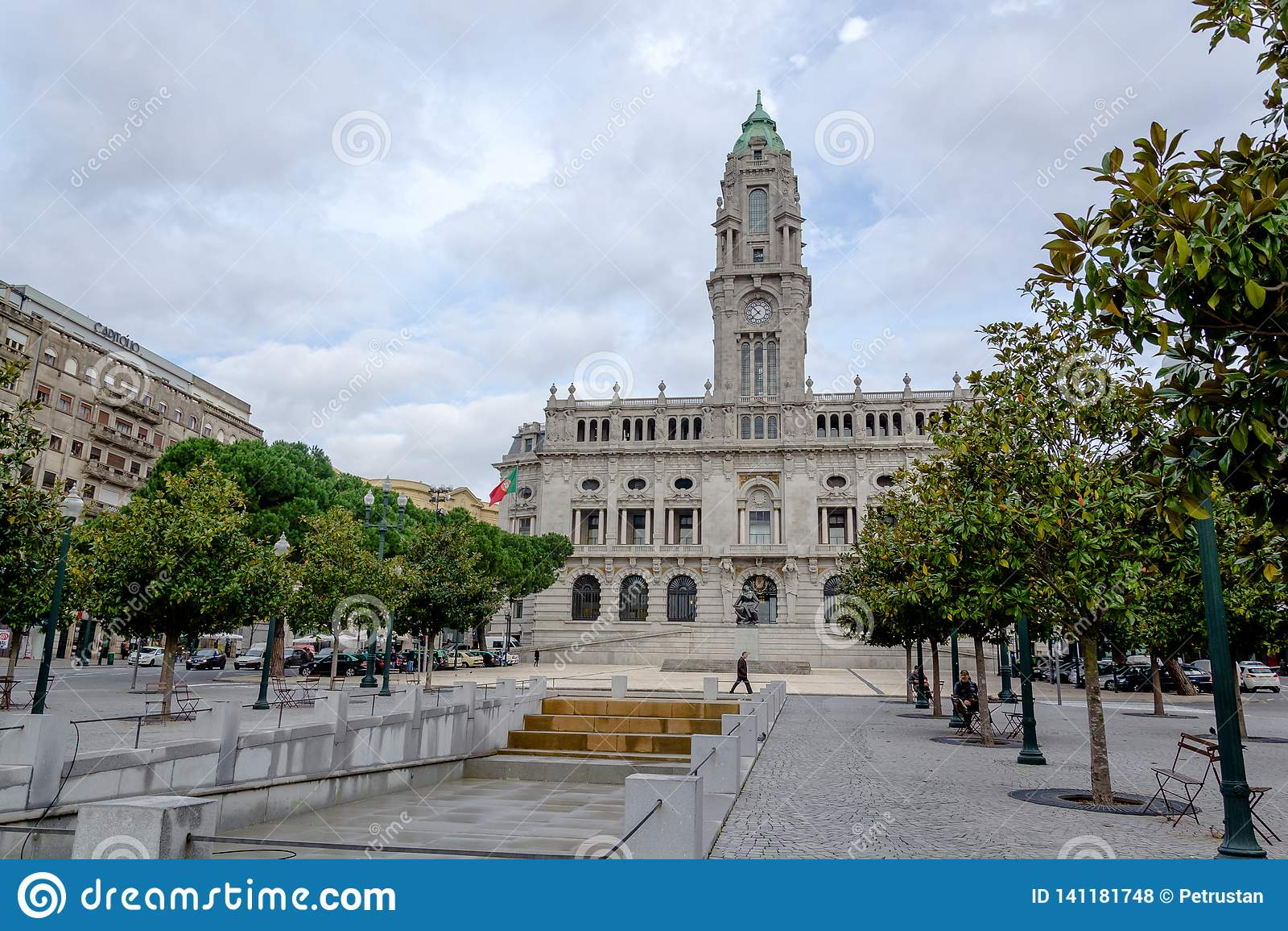 Porto Stadhuis op Liberdade-Vierkant, (Gemeentelijke Câmara doet Porto) Porto, Portugal