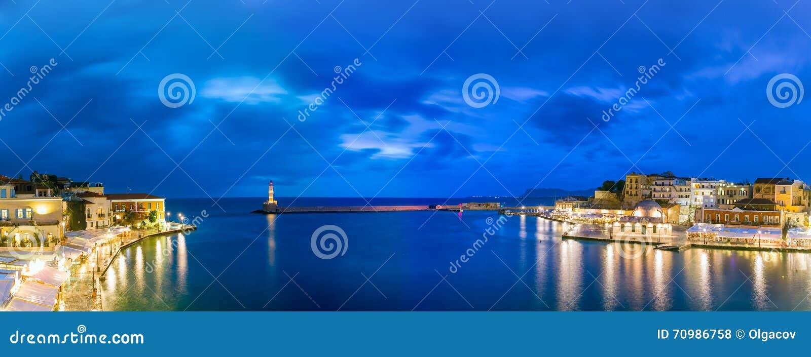 Porto velho da noite do panorama, Chania, Creta, Grécia