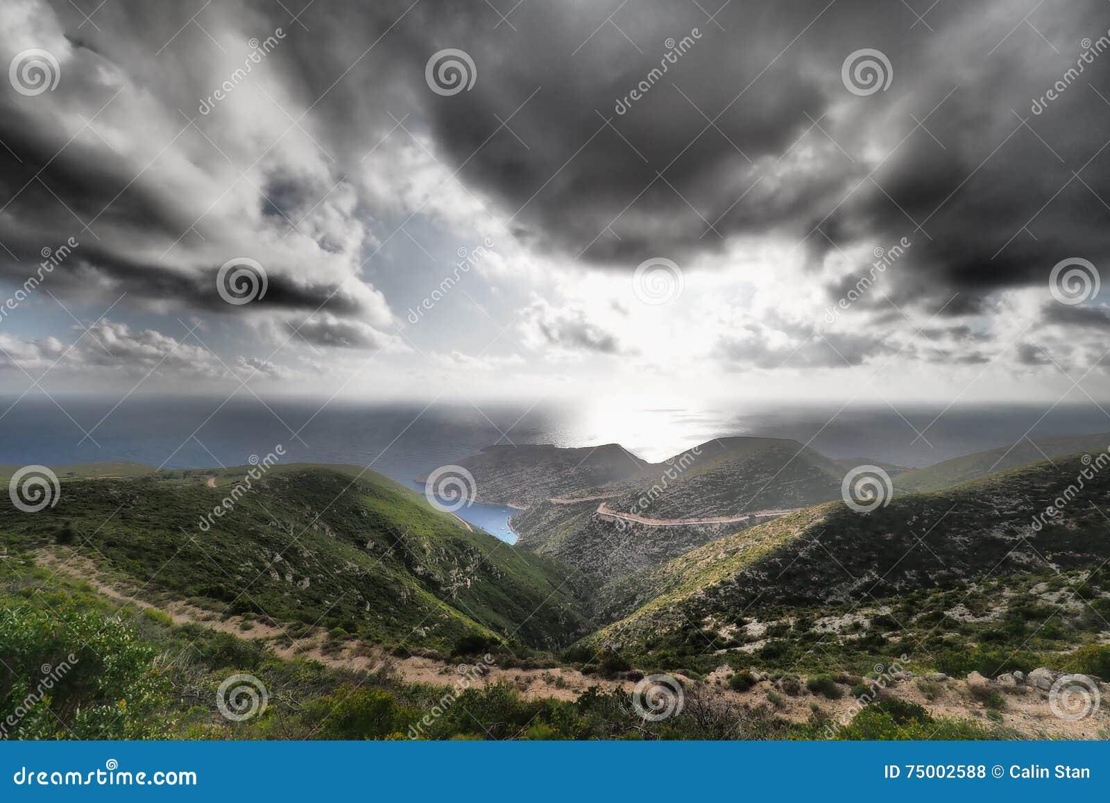 Porto Vromi Zakynthos panorama met artistiek dramatisch effect app