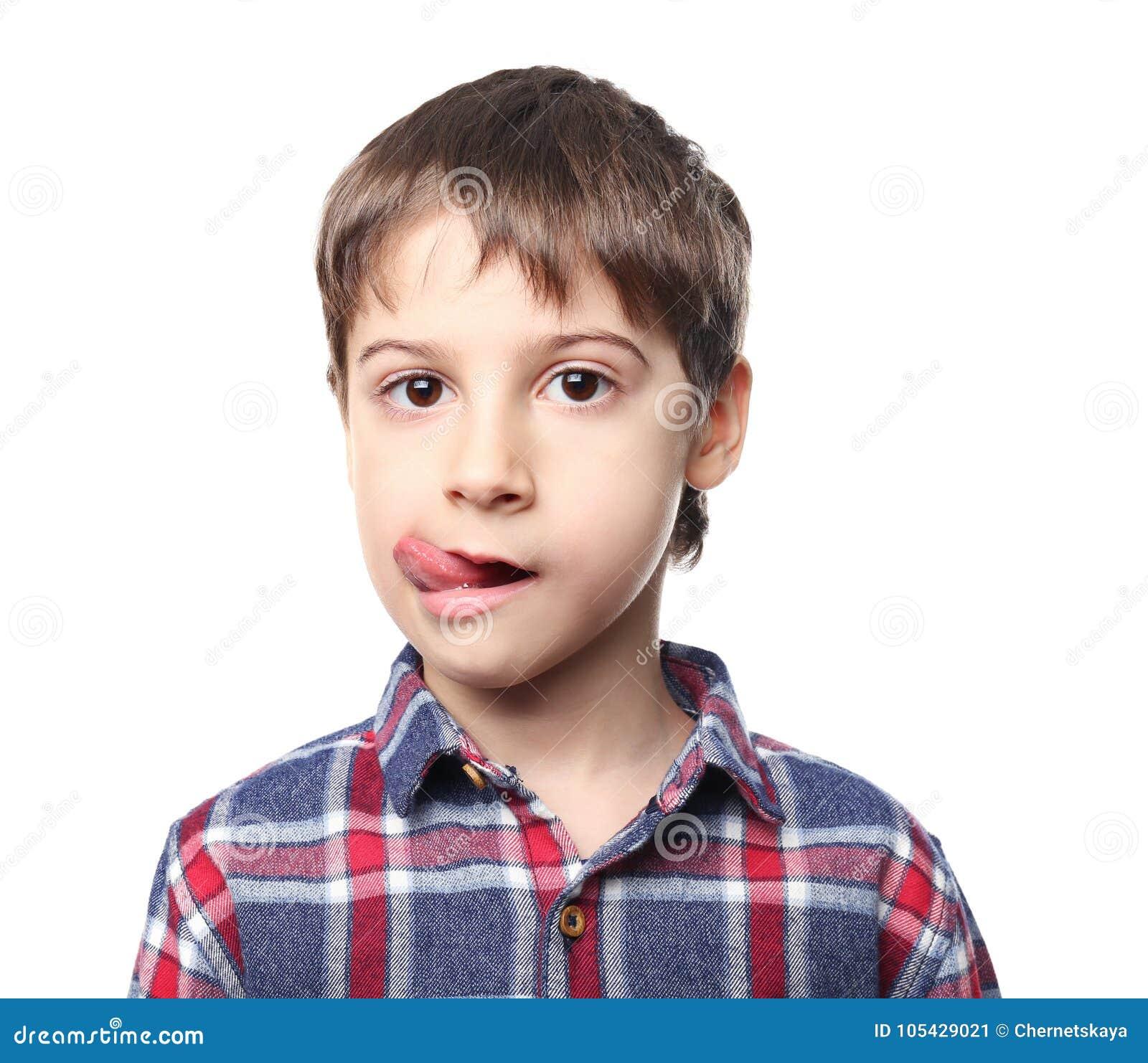 Porträt des netten kleinen Jungen