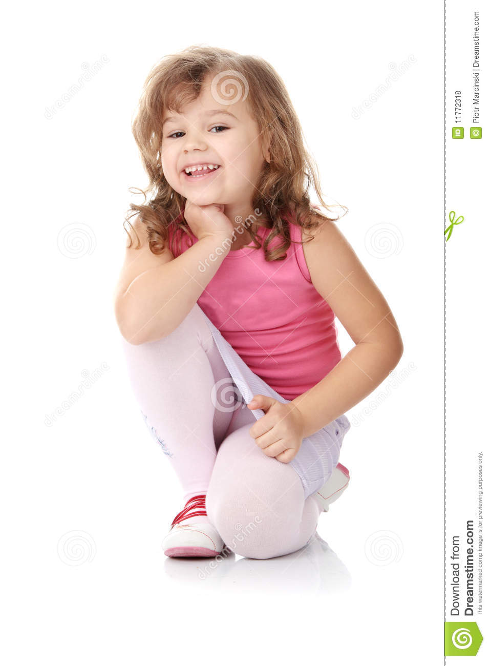 Y R U Black Qozmo Aiire Glitter Sneaker: Portrait Of A 5 Year Old Girl Stock Photo