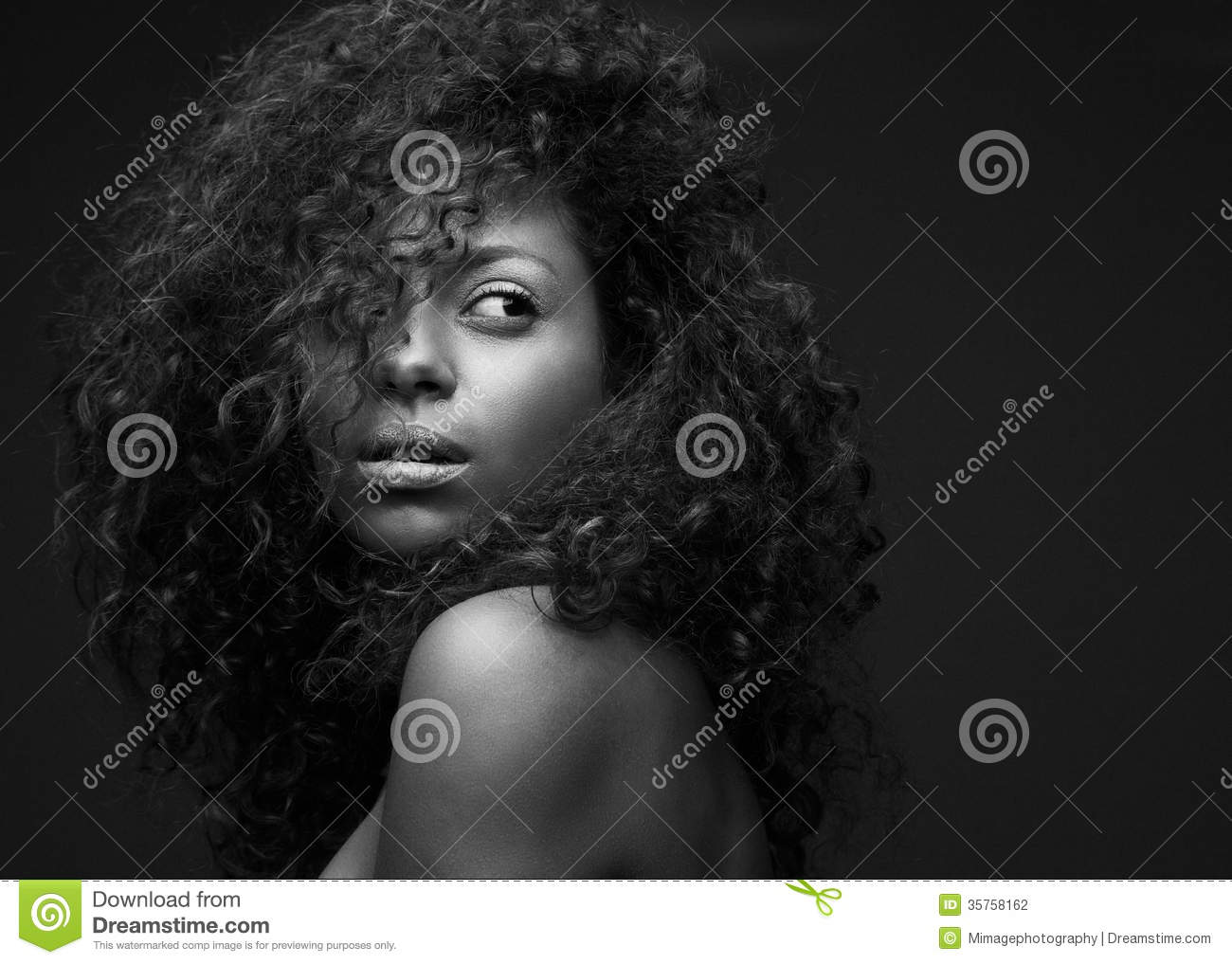 Black and white portrait of a beautiful african american fashion model