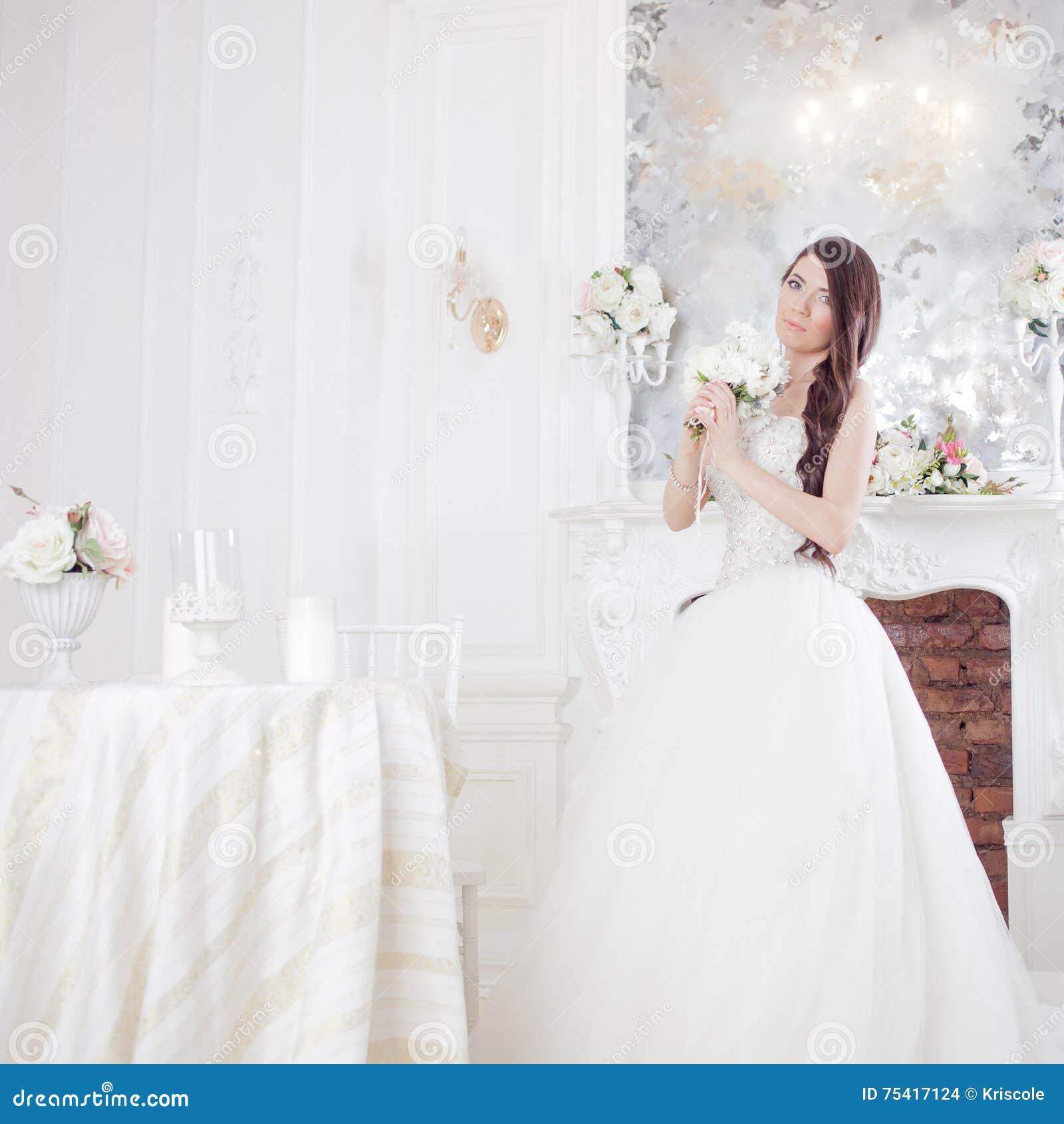 Portrait beautiful bride with a bouquet of flowers. Wedding decoration